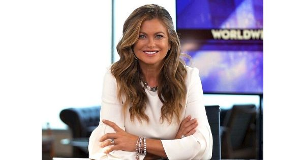 Box Latch - Closing boxes without tape. Kathy Ireland on the Worldwide Business Show.